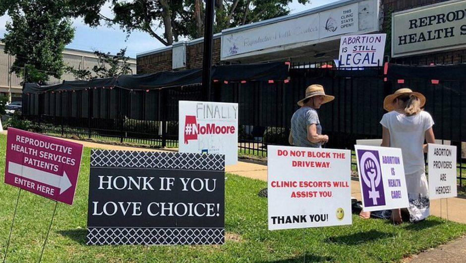 Alabama cannot ban abortions as part of its coronavirus response, federal judge rules