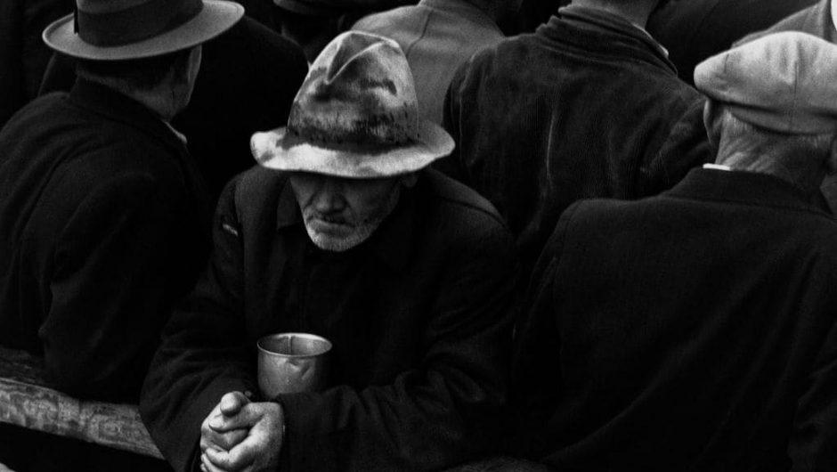 Dorothea Lange's White Angel Breadline: Great Depression photo captures coronavirus fear, hunger
