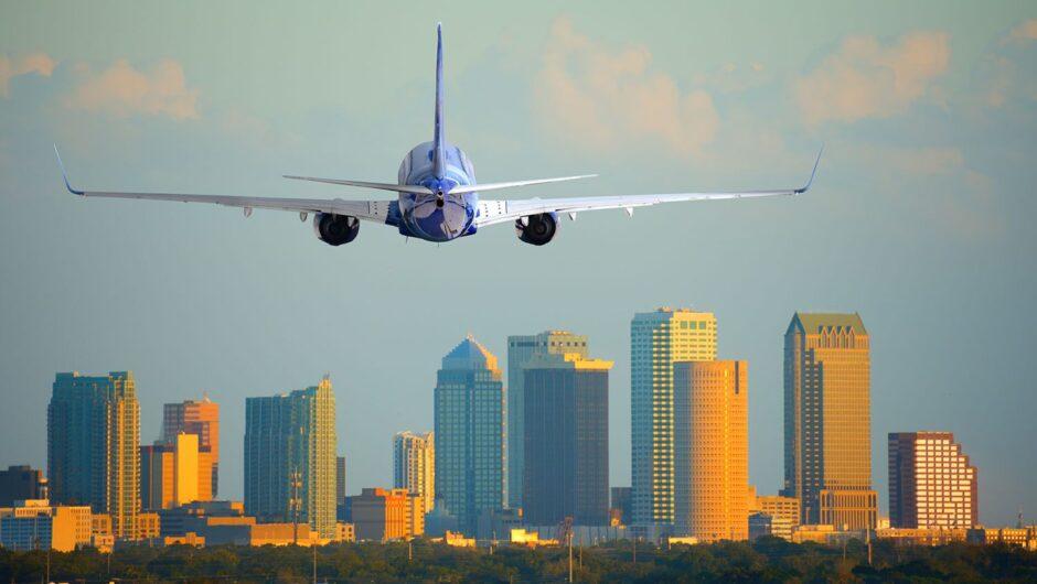 Airport COVID-19 symptom screening 'ineffective,' CDC report says