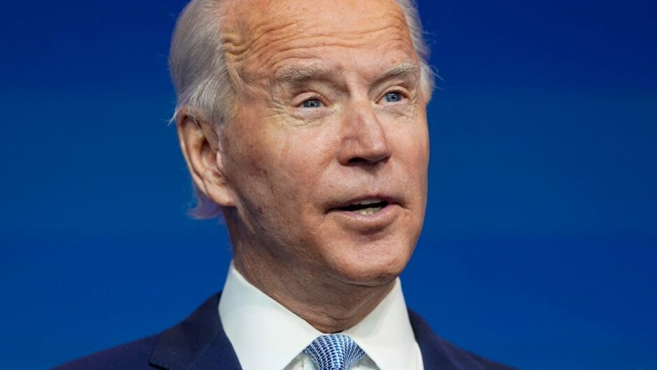 Biden says 165M adults received COVID-19 vaccine dose