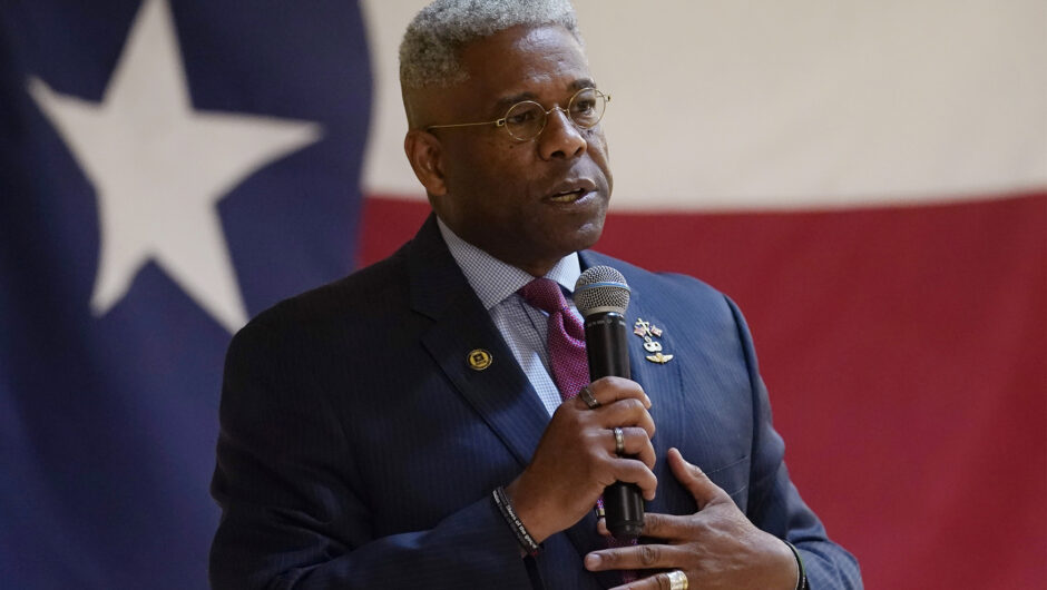 Ex-congressman Allen West hospitalized with COVID-19